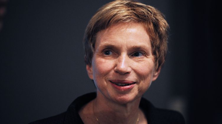 La patronne du Medef, Laurence Parisot, après un discours à Tours, le 4 octobre 2012. (ALAIN JOCARD / AFP)