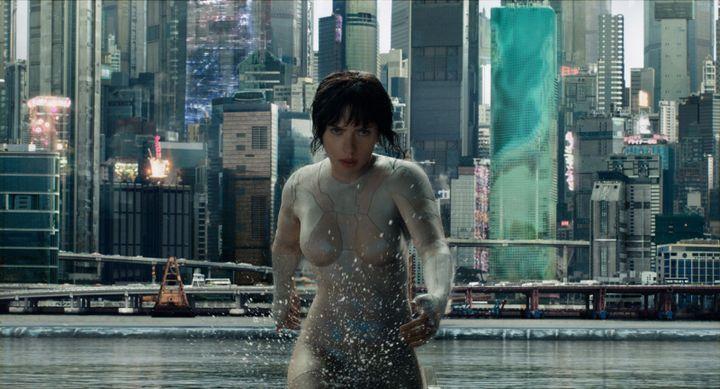 "Scarlett Johansson dans ""Ghost in the Shell"" de Rupert Sanders  (Paramount Pictures)"