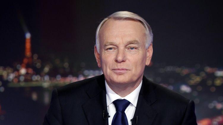 Jean-Marc Ayrault, le 6 novembre 2012 sur le plateau de TF1. (THIBAULT CAMUS / AFP)