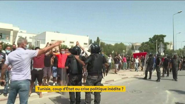 Tunisie : une crise politique qui divise dans le pays