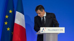 François Fillon à l'issue d'une conférence de presse à son QG de campagne, à Paris, le 6 février 2017. (JACQUES WITT / SIPA)