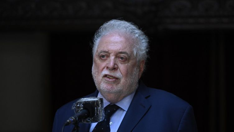 Le ministre démissionnaire de la Santé argentin, Gines Gonzales, à Buenos Aires, le 10 décembre 2020. (JUAN MABROMATA / AFP)