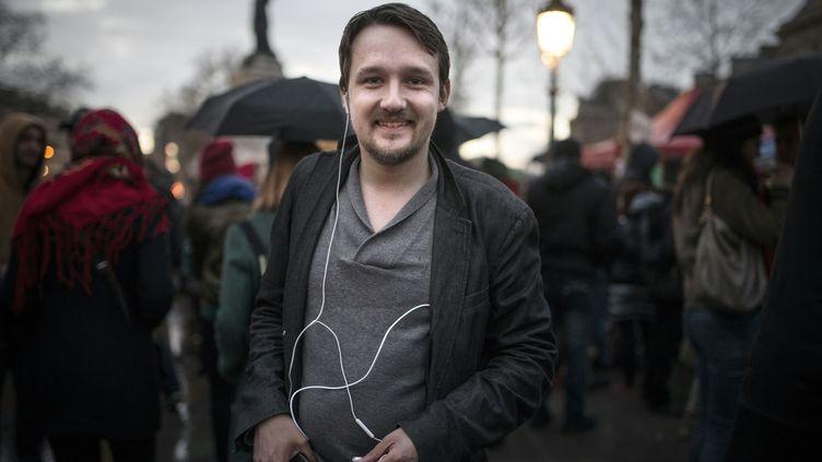 Rémy Buisine, le 6 avril 2016, place de la République à Paris. (ELLIOTT VERDIER / AFP)