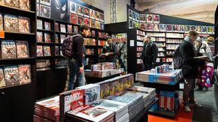Des visiteurs au festival de bande dessinée d'Angoulême (Charente), le 30 janvier 2015. (PIERRE DUFFOUR / AFP)