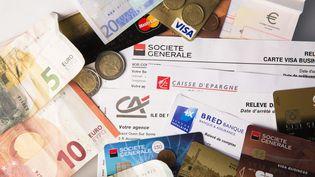 De moins en moins de Français pensent que leur situation financière s'est améliorée par rapport à celle de leurs parents. (CHRISTOPHE MORIN / MAXPPP)