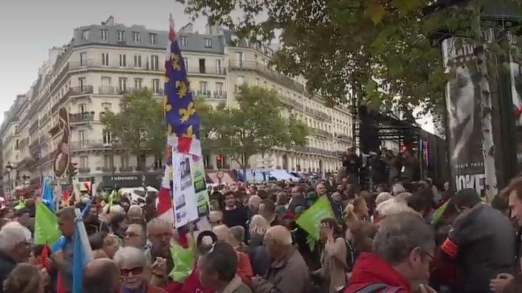 Manifestation des anti-PMA à Paris dimanche 6 octobre. (France 2)