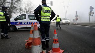 L'ambulancier aurait refuser de s'arrêter lors d'un contrôle routier. Photo d'illustration (ALEXANDRE MARCHI / MAXPPP)