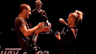 Avant la tournée internationale, Wax Tailor et ses musiciens répètent à Sedan (08)  (France 3 / Culturebox)
