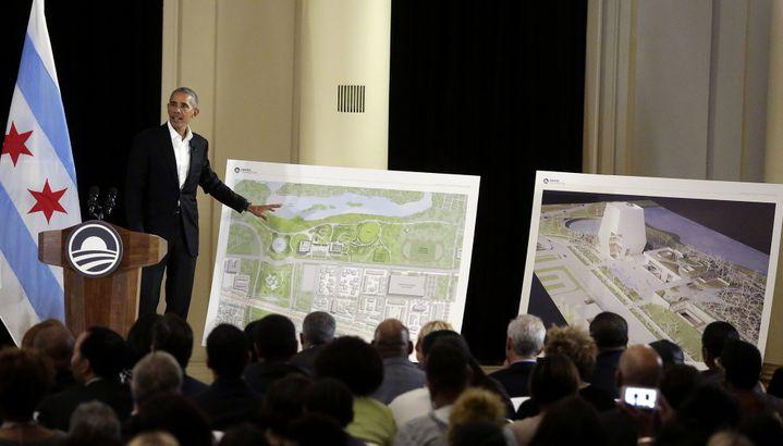Barack Obama présente son projet.  (JOSHUA LOTT / AFP)