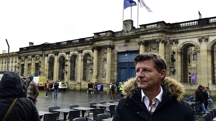 Le maire de Bordeaux Nicolas Florian, le 8 mars 2020. (GEORGES GOBET / AFP)