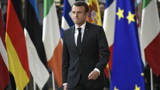 Emmanuel Macron arrive au Conseil européen, à Bruxelles (Belgique), le 21 mars 2019. (JOHN THYS / AFP)