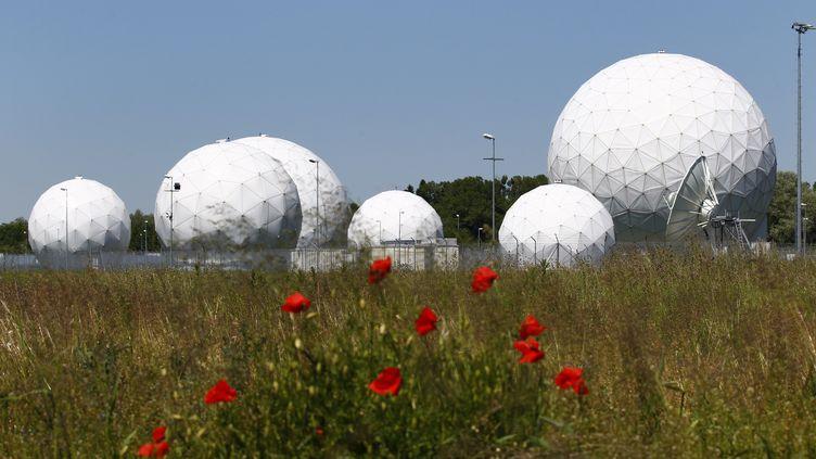 L'ancienne station d'écoute de la NSAdeBad Aibling, au sud de Munich en Allemagne, le 6 juin 2014. (MICHAELA REHLE / REUTERS)