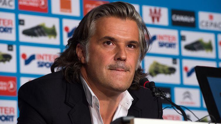 Vincent Labrune, le président de l'OM, lors d'une conférence de presse à Marseille le 13 août 2015. (BERTRAND LANGLOIS / AFP)