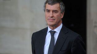 Jérôme Cahuzac, le 3 juin 2013, lors des funérailles du constitutionnaliste GuyCarcassonne, à Paris. (ANTONIOL ANTOINE/SIPA)