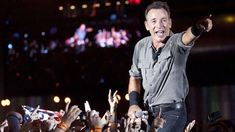 Bruce Springsteen sur scène à Rock in Rio le 22 septembre 2013.  (Felipe Dana/AP/SIPA)