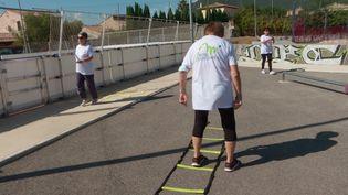 A la Farlède dans le Var, les seniors se mettent au sport grâce au dispositif Mobil'Sport Santé 83. (France 3 Provence-Alpes)