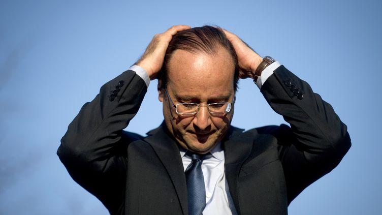 François Hollande, le 24 mars 2012 à Ajaccio (Corse-du-Sud). (FRED DUFOUR / AFP)