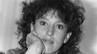 La comédienne Anémone pose àParis, le 3 février 1982. (GEORGES BENDRIHEM / AFP)