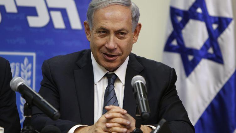 Le Premier ministre israélien, Benyamin Nétanyahou, annonce la formation d'un nouveau gouvernement, le 6 mai 2015 à Jérusalem. (GALI TIBBON / AFP)