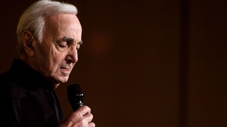 Charles Aznavour, mars 2018  (FABRICE COFFRINI / AFP)