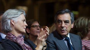 Penelope et François Fillon, lors d'un meeting à Paris, le 25 novembre 2016. (WITT/SIPA)