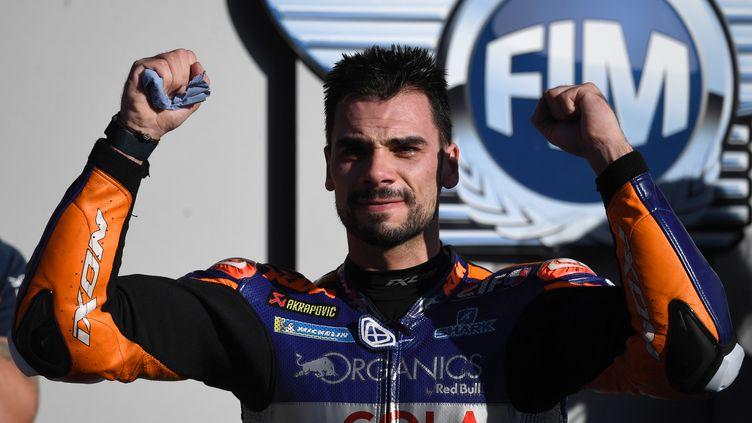 Le Portugais Miguel Oliveira remporte, à domicile, son deuxième Grand Prix en carrière. (PATRICIA DE MELO MOREIRA / AFP)