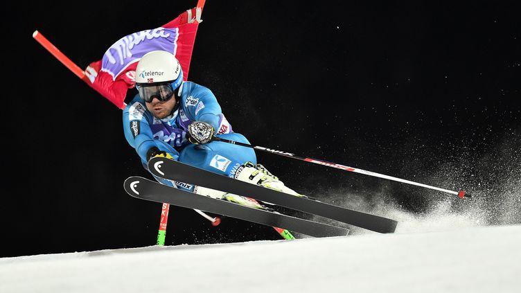 Le skieur norvégien, Kjetil Jansrud. (GIUSEPPE CACACE / AFP)