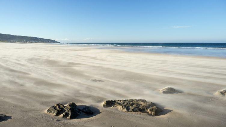 Une plage entreBarbate and Zahara de los Atunes (Espagne), le 17 mai 2015. (LOUISE MURRAY / ROBERT HARDING PREMIUM / AFP)