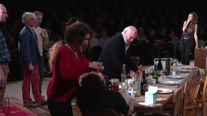 Un conte de Noël d'Arnaud Desplechin, mise en scène Julie Deliquet. (S. Rosenstrauch / France Télévisions)