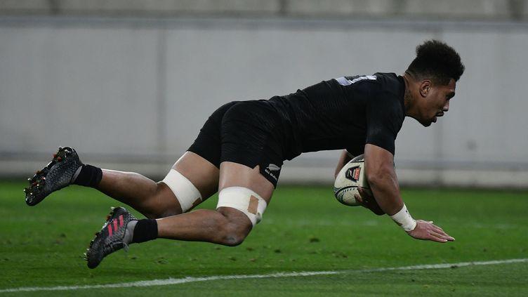 Ardie Savea, le joueur des All Blacks (MARTY MELVILLE / AFP)