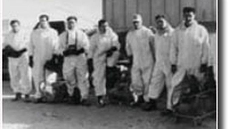 soldats français au Sahara lors des essais nucléaires (1960)