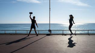 A partir du lundi 3 mai, les restrictions quant à la pratique sportive ont été assouplies. (ARIE BOTBOL / HANS LUCAS / AFP)