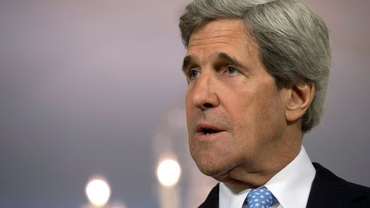 Le secrétaire d'Etat américain John Kerrylors d'une conférence de presse à Washington, le 10 mai 2013. (WIN MCNAMEE / GETTY IMAGES NORTH AMERICA / AFP)