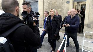 Marine Le Pen, le 5 mai 2017, à sa sortie de la cathédrale de Reims. (FRANCOIS NASCIMBENI / AFP)