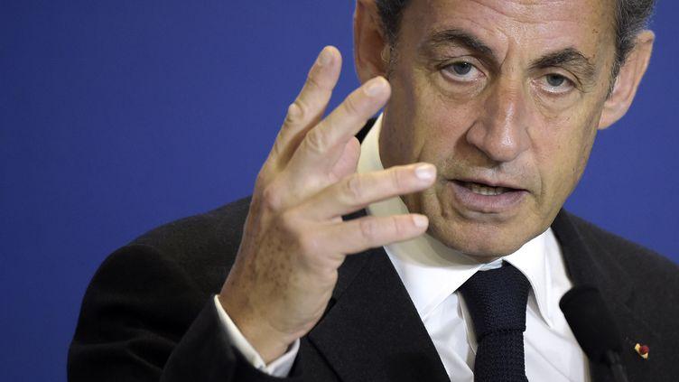 Nicolas Sarkozy donne un discours au siège de l'UMP, à Paris,le 17 janvier 2015. (LIONEL BONAVENTURE / AFP)
