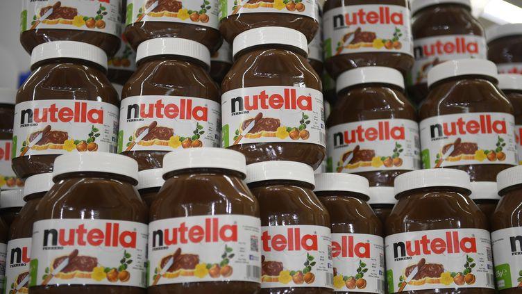 Fin janvier, une promotion exceptionnelle sur le Nutella avait provoqué des bousculades dans les supermarchés de l'enseigne Intermarché. (DAMIEN MEYER / AFP)
