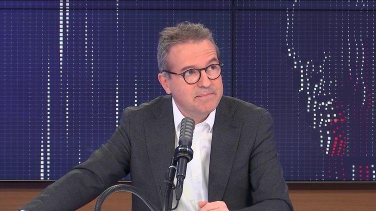 """Martin Hirsch, directeur général de l'AP-HP, était l'invité du """"8h30 franceinfo"""", lundi 3 mai 2021. (FRANCEINFO / RADIOFRANCE)"""