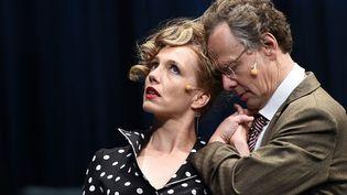 """Ursina Lardi et Thomas Bading répètent """"Le mariage de Maria Braun"""" à Avignon. Le texte de Rainer Werner Fassbinder est mis en scène par Thomas Ostermeier (22 juillet 2014)  (Anne-Christine Poujoulat)"""