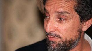 Ahmad Chah Massoud dans l'une de ses bases du nord-est de l'Afghanistan, le 28 juin 2001. (AFP - Joël Robine)