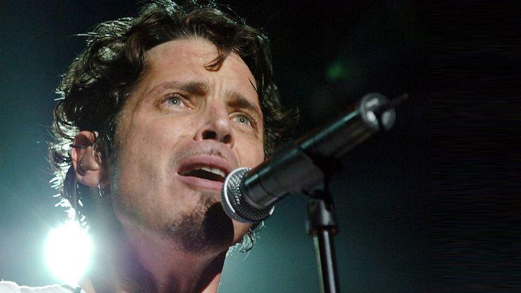 Chris Cornell, sur scène au Madison Square Garden de New York avec Audioslave, en octobre 2009.  (Kevin Mazur/WireImage/Getty Images)