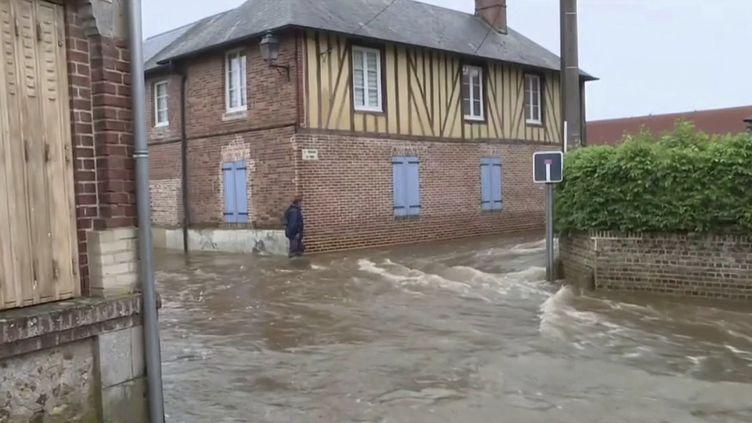 Les pluies diluviennes se sont abattues sur la France entre le lundi 21 et le mardi 22 juin, et ont fait des dégâts dans la Marne. (CAPTURE ECRAN FRANCE 3)