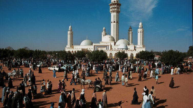 Une vue de la grande mosquée des mourides à Touba, lors du pèlerinage de 2012. (HENRI TABARANT / ONLY WORLD)