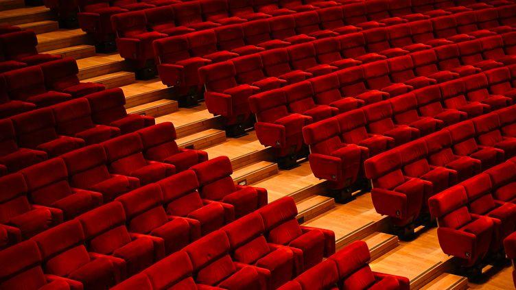 Illustration salle de spectacle vide. (SEBASTIEN BOZON / AFP)