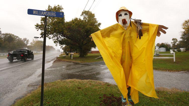 """Les New-Yorkais ont surnommé l'ouragan Sandy """"Superstorm"""", """"Frankenstorm"""" ou encore """"Monsterstorm"""" (""""tempête monstre"""") en hommage à la fête d'Halloween, le 31 octobre 2012. (KEVIN LAMARQUE / REUTERS)"""
