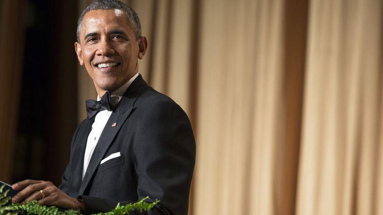 Le président américain, Barack Obama, assiste au dîner de l'association des correspondants accrédités à la Maison Blanche, à Washington (Etats-Unis), le 3 mai 2014. (JOSHUA ROBERTS / REUTERS)