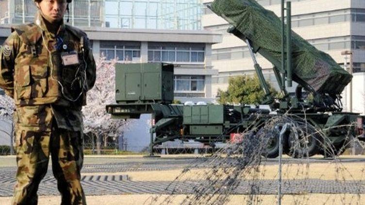 Lanceur de missiles au sein du ministère de la Défense à Tokyo (AFP PHOTO / Yoshikazu TSUNO)