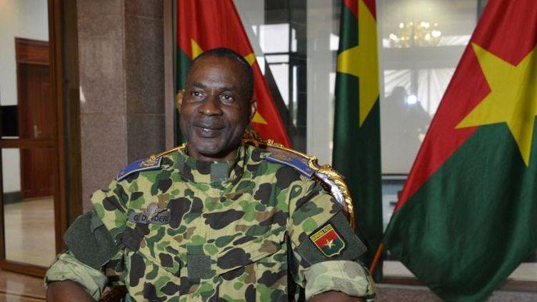 Le général Diendiéré au Palais présidentiel, le 17 septembre 2015. (AHMED OUOBA / AFP)