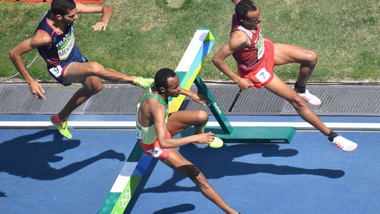 Mahiedine Mekhissi s'est qualifié pour la finale du 3000m steeple à Rio (ANTONIN THUILLIER / AFP)