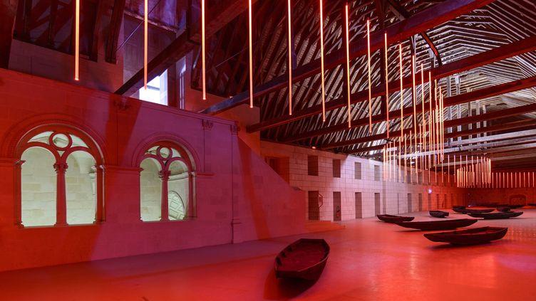 """L'installation """"Mort en été"""" du plasticien français Claude Lévêque exposée depuis 2012àl'Abbaye de Fontevraud. (BODY PHILIPPE / HEMIS.FR / AFP)"""