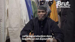 VIDEO. Avec sa marque Marché Noir, Amah Ayivi chine et revisite les vêtements africains (BRUT)